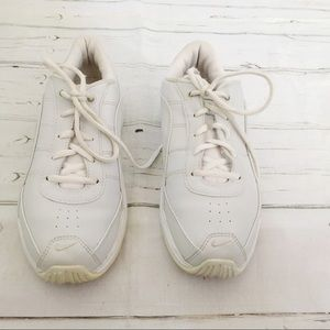 Nike White Tennis Shoes Sneakers Size 8